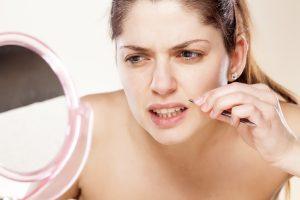Nivel crescut de testosteron la femei: Cauze, simprome si cum sa tratezi problema