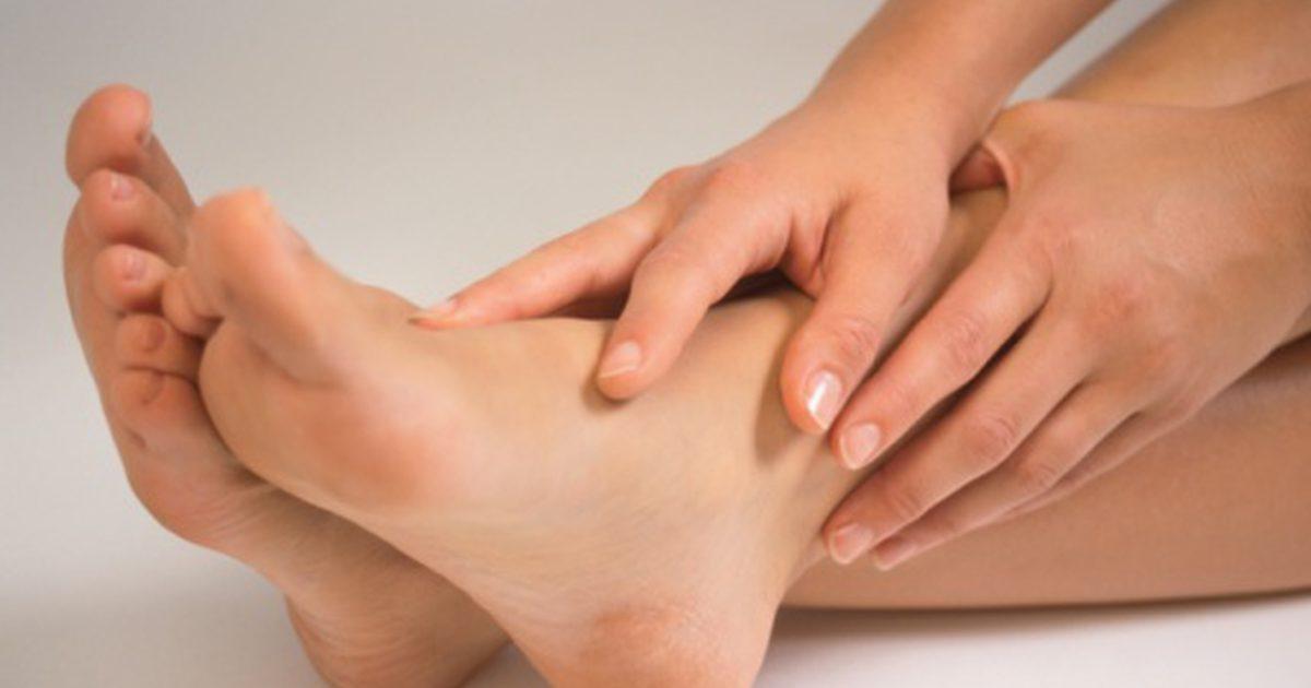 Dureri la picioare: cauze, simptome, diagnostic, tratament, prevenire si evolutia bolii