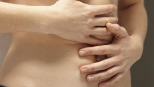 Dureri in partea stanga sub coaste: cauze si cand trebuie sa te consulte un doctor