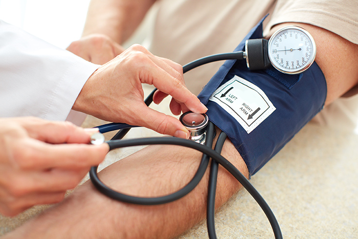 Tensiune arteriala crescuta (hipertensiune arteriala) – Ce inseamna?