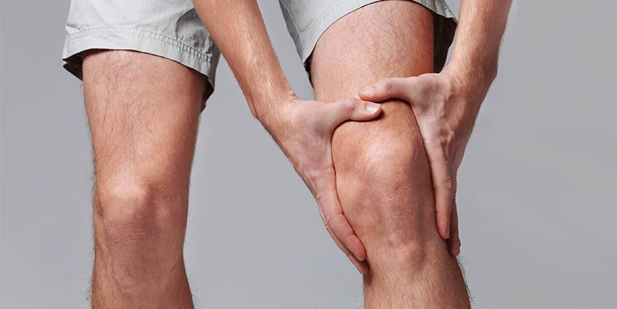 Artrita genunchiului: Tipuri, simptome, cauze si diverse tratamente
