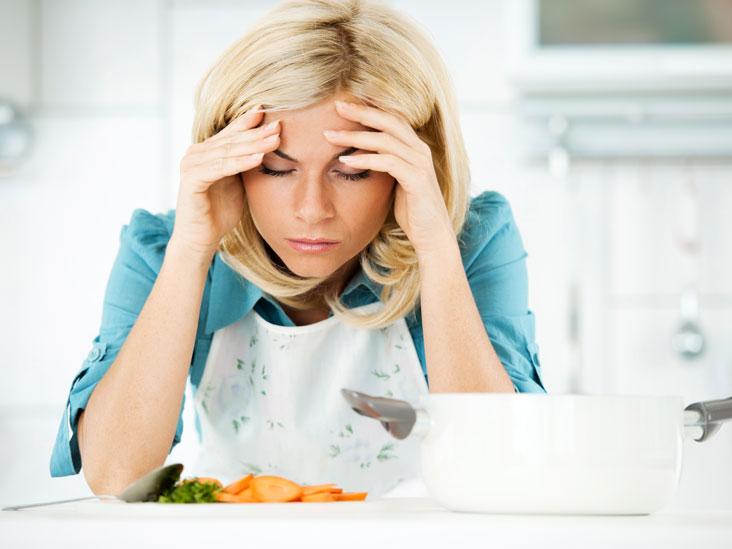 Dureri de cap dupa mancare: cauze, tratament si cele mai bune remedii la domiciliu