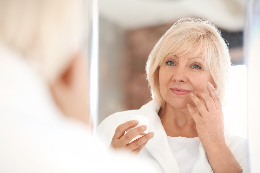 Simptome menopauza, cauze, complicatii si tratament